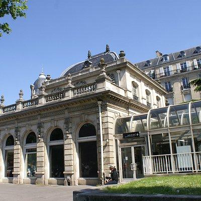 Gare de style Haussmannien , Avenue Foch