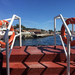 The first stop, for a few minutes, before heading to Merdø.