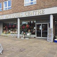 Notions Antiques Centre