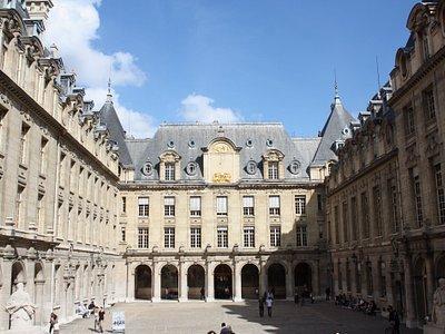 Cour d'Honneur de la Sorbonne