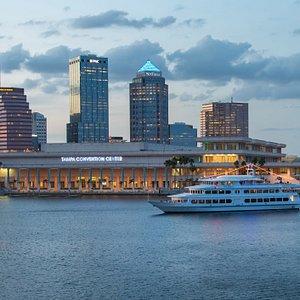 Yacht StarShip Tampa Dinner Cruise