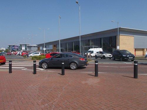 Ravenhead Retail Park, St. Helens