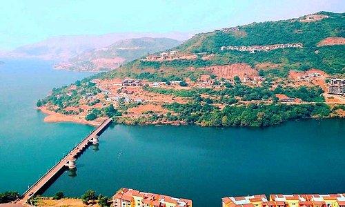 Lavasa lake city (1 hour drive)