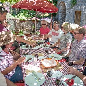 Wine and food tasting in the historical village Godinje