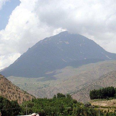 Halgurd (Sorani Kurdish: ھەڵگورد) is the second highest mountain in Iraq, after Cheekha Dar. Located northern Erbil Province, Iraqi Kurdistan.  Halgurd has an elevation of 3,607 metres.