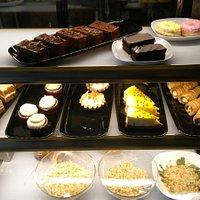 Le Rendezvous Cafeteria