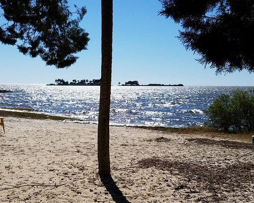 This is the actual Bird Creek Beach which is part of Bird Creek Park. It was nice and empty the day we visited.