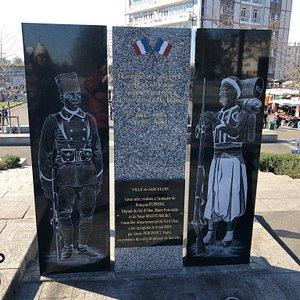 Stèle Hommage aux Soldats Africains Morts pour la France sur le Parvis de la Gare de Garges-Sarcelles