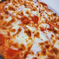 Pizzeria eccezionale. Da provare assolutamente la pizza al tegamino!!