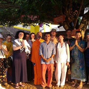 yoga retreat group visit