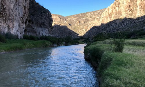 Beautiful evenings on the banks of the Rio Grande.