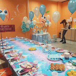 In one of the rooms for birthdays the party table was just prepared for celebration by the staff. Looked really beautiful!