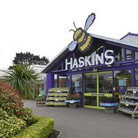 Haskins is a premium garden centre offering garden plants, houseplants, garden furniture, clothing & gift and a large restaurant and coffee shop