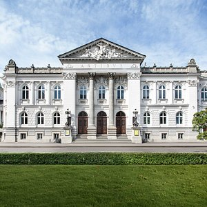 Stefan Szyller, one of the most outstanding Polish architects was commissioned to design the Zachęta building with the famous tympanum representing a personification of the arts and the inscription ARTIBUS ('To the Arts'). The building was open to the public in 1901. Since then Zachęta remains an institution whose mission is to popularise contemporary art. The most interesting phenomena of 20th and 21st century polish and international art are presented here, through temporary exhibitions.