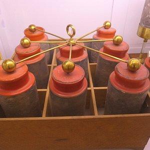 """Leidse fles"", precursor of the battery"