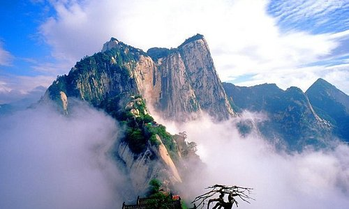 Xi'an Huashan Adventure One Day Tour
