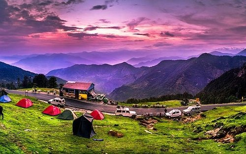 Explore the beautiful and stunning valley of Chopta, Uttarakhand. Chopta is a beautiful hill station and a great base for nearby trekking and camping offering stunning views of the Himalayan Ranges. Come plan a stay in chopta. Book online at - https://www.holidayparkchopta.com/  #camping #campinglife #campingtrip #holidayparkchopta #chopta #choptally #choptatungnath #stayinchopta #campinginchopta #bestcampinchopta #nature #travel #hiking #adventure #outdoor #photography #camp #explore #mountains