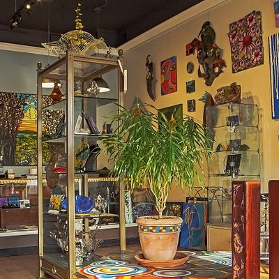 Whitman Works Company offers original art, jewelry and home decor.