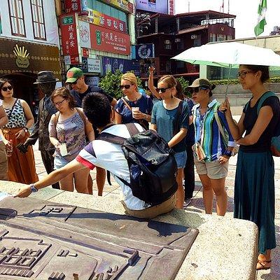 Taipei Free Walking Tour by Like It Formosa