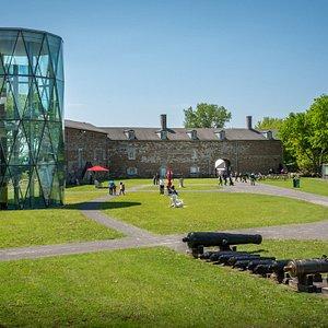 Le Musée en été!