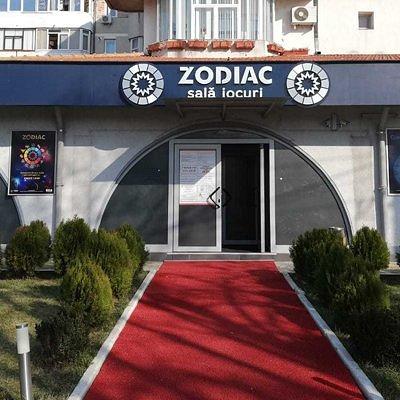 Zodiac Sala Jocuri Delfinariu, sala de jocuri si cafe-bar program Non Stop