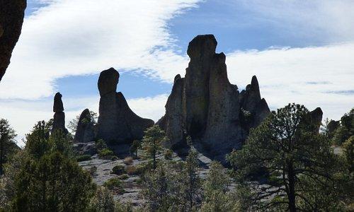 Striking rock formations in Valle de Monjes.