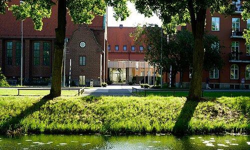 Kulturkvarteret från andra sidan Kanalgatan