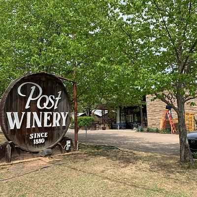 Quite a history of this family's wine making in this area for over 100 years.