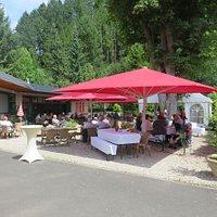 Diamanthotel Idar-Oberstein Großer Biergarten mit Gartenwirtschaft