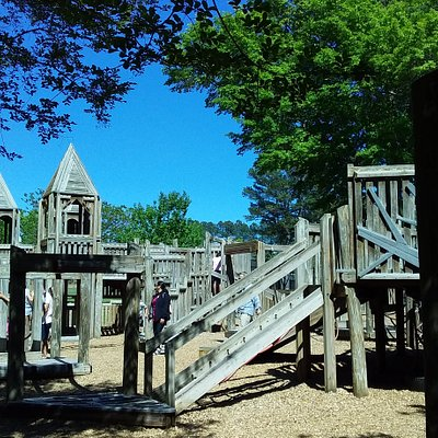Chidren paly area at the Wills Park entrance,