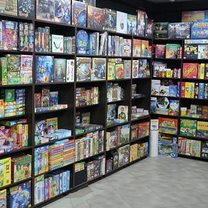 These are tabletop games – classic, party games, logic, strategies, card games or games with miniatures, for two players or big companies. Even if they are on russian big part of them are language-independent