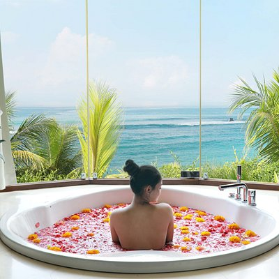 Spa with the ocean view