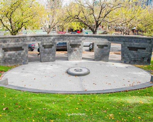 Memorial view from Kings Domain Park