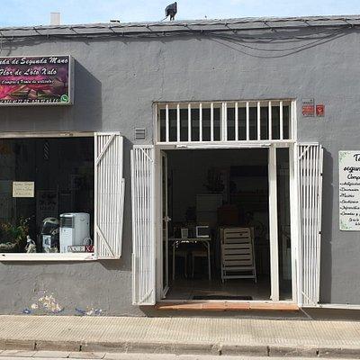 Nuestra tienda esta ubicada en Jalón / Xaló el pueblito mas turístico de la marina alta :)