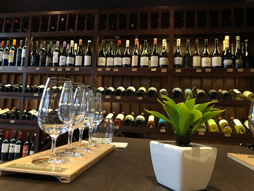 This is the gallery/bar/shop to try the best wines of Argentina! All in One place.