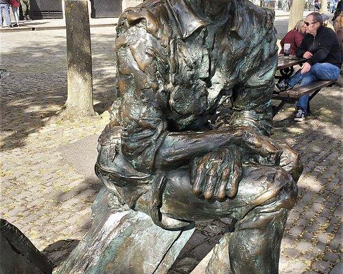 3.  John Cabot's Statue, Bristol City Docks