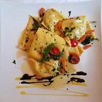 Ravioli - amazing dish (and not a bad picture)