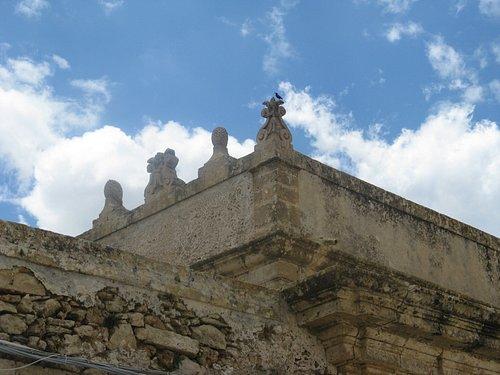 MARZAMEMI - Palazzo Villadorata, particolare del terrazzo