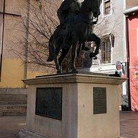 Monumento a Alfonso VIII