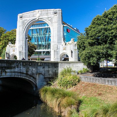 Christchurch: Bridge of Remembrance