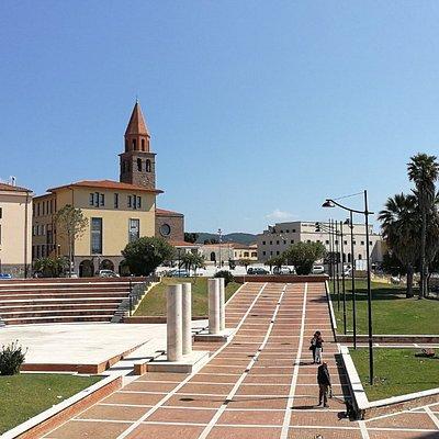 Anfiteatro a Carbonia..Ben curato.al centro della città..In estare il  comune organizza gli eventi proprio qui..