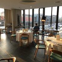 Ein fantastischer 2-Sterne-Dinner-Abend mit Blick auf den Yachthafen