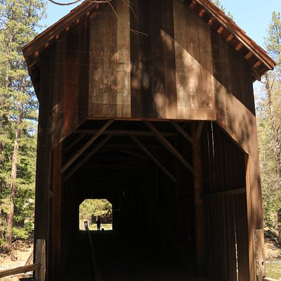 Wawona Covered Bridge (2)