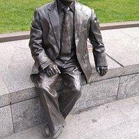 Sir Simon Milton Statue