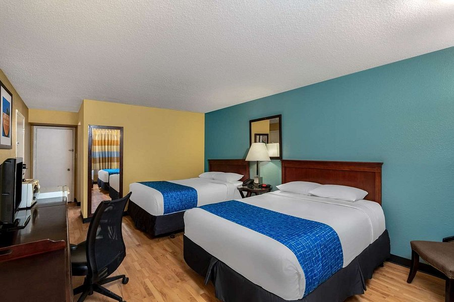 Travelodge By Wyndham Grand Junction, Furniture Grand Junction Colorado Hours