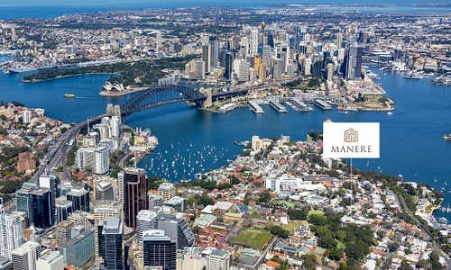 Boasting exceptional water views, McMahons Point is also close to a wealth of attractions, including world-famous landmarks: Sydney Harbour Bridge, the Opera House and The Rocks.