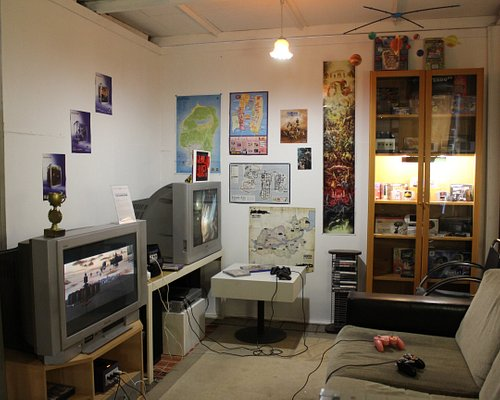 One of the rooms with GameCube and PS2