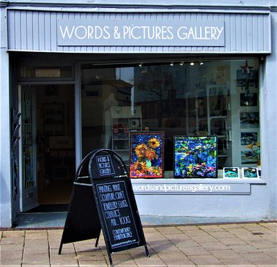 Words & Pictures Gallery - in the heart of Teignmouth and a minutes walk to the beach. Painting, Sculpture, Print, Ceramics, Jewellery and Glass. A contemporary Gallery with a brilliant range of unique art and craft.