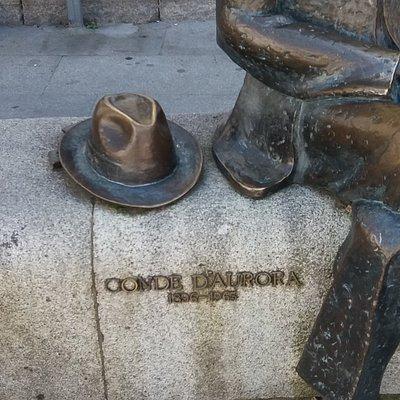 Monumento ao Conde d'Aurora