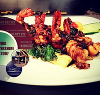 If prawn are your thing, our garlic chilli king prawns is a most try. There's nothing quite like jumbo fresh water prawns cooked with love and care.